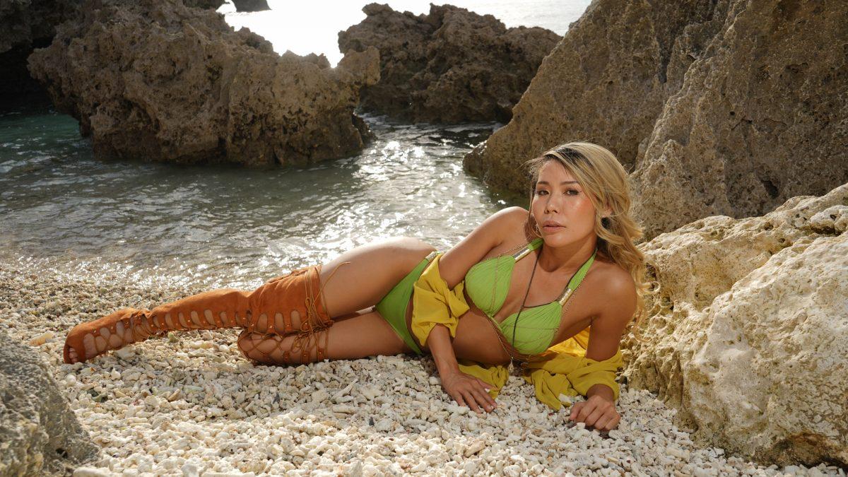 沖縄の海写真 水着ポートレート